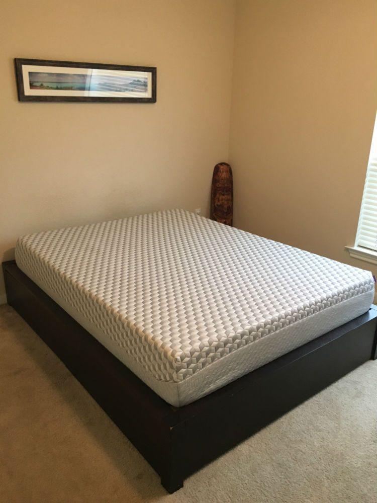 Layla mattress, corner view