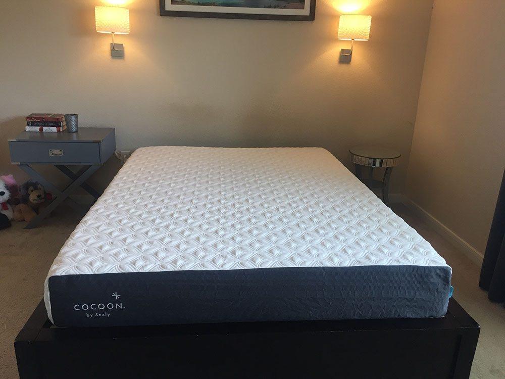 Cocoon mattress, queen size