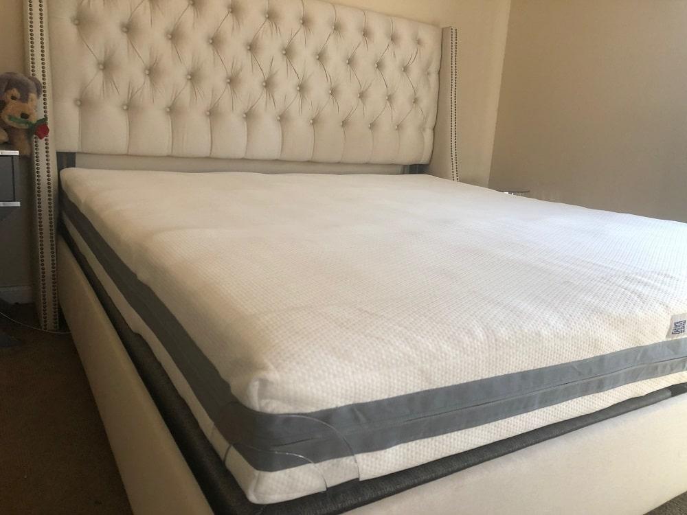 Airweave Advanced mattress corner view
