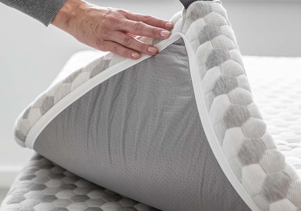 Layla mattress topper construction and materials