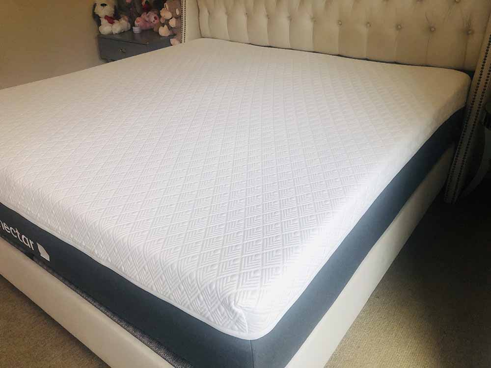 Nectar Lush mattress - corner view