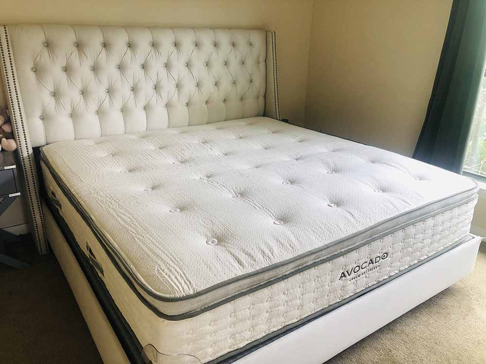 Avocado mattress corner