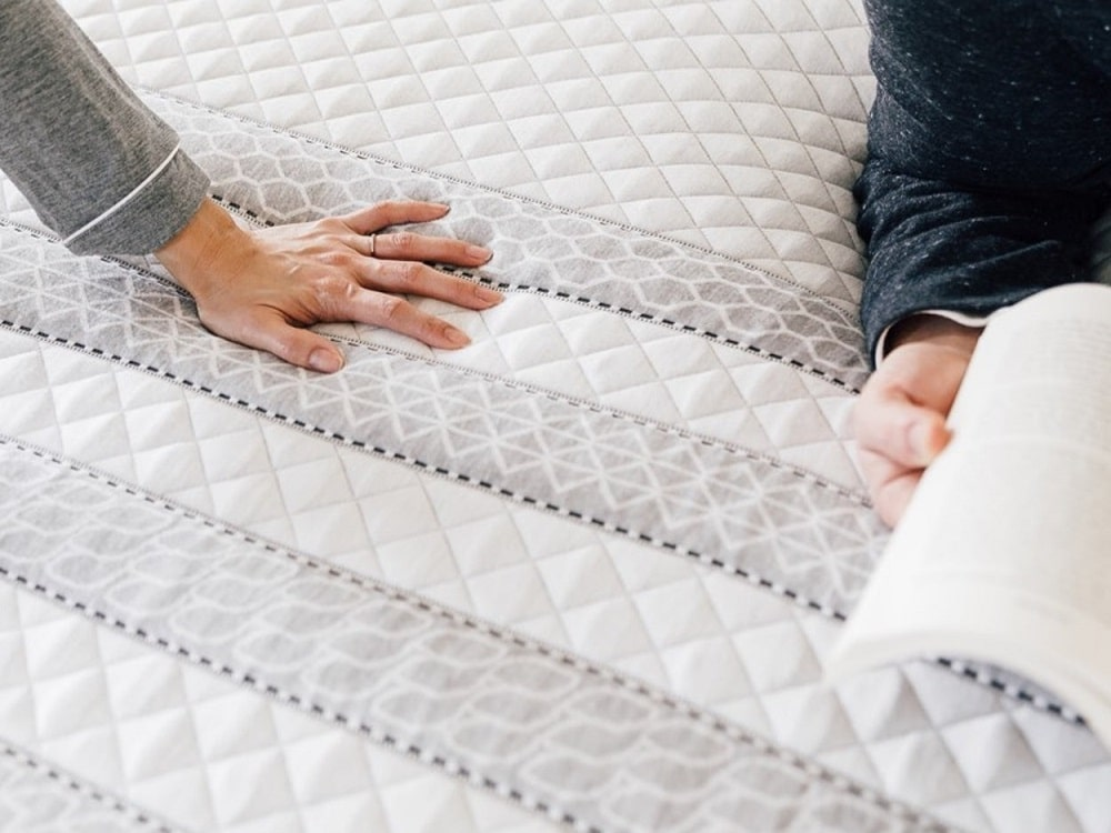 Leesa Hybrid - mattress cover
