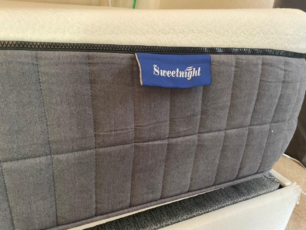 Sweet Night Sunkiss mattress - profile and logo
